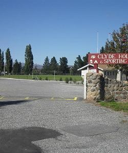 Clyde Holiday Park & Sporting Complex