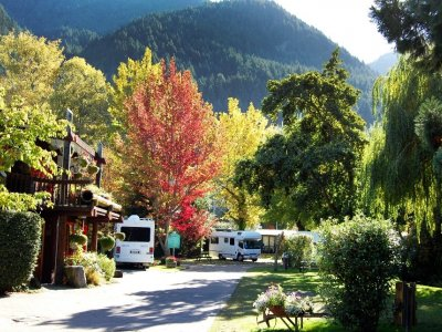 Queenstown Holiday Park Creeksyde
