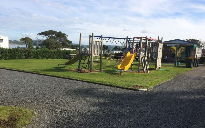 Spacious camp ground clarks beach holiday park auckland - Swimming pool maintenance auckland ...