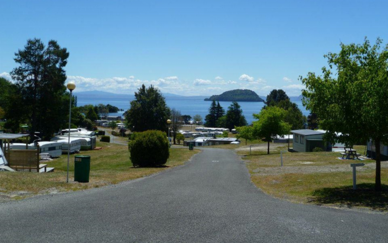 Motutere Bay Holiday Park - view to Lake Taupo