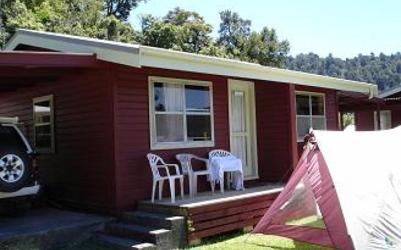 Accommodation at Lake Waikaremoana Holiday Park